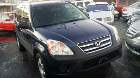 2006 Honda CR-V for sale at WEST END AUTO INC in Chicago IL