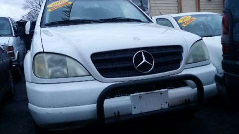 2000 Mercedes-Benz M-Class for sale at WEST END AUTO INC in Chicago IL
