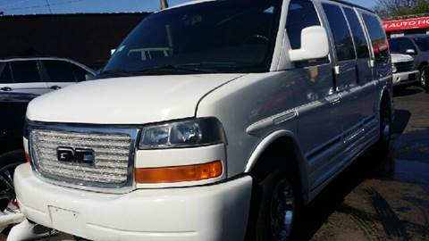 2003 GMC Savana Passenger for sale at WEST END AUTO INC in Chicago IL