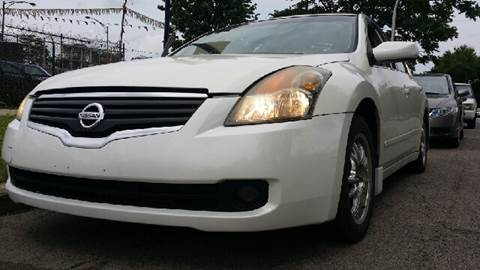 2007 Nissan Altima for sale at WEST END AUTO INC in Chicago IL
