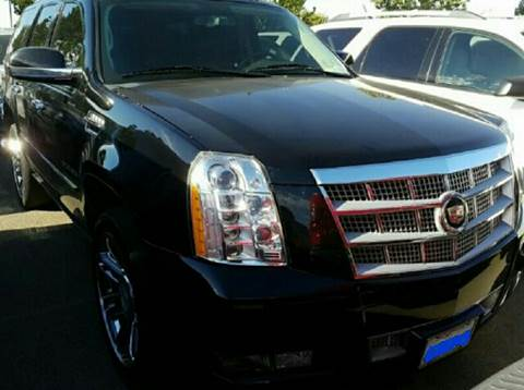2012 Cadillac Escalade for sale at WEST END AUTO INC in Chicago IL