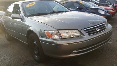 2000 Toyota Camry for sale at WEST END AUTO INC in Chicago IL