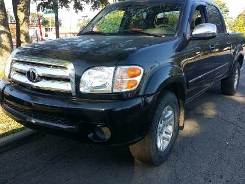 2004 Toyota Tundra for sale at WEST END AUTO INC in Chicago IL