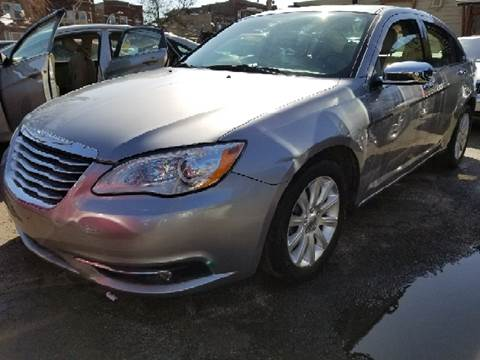 2013 Chrysler 200 for sale at WEST END AUTO INC in Chicago IL