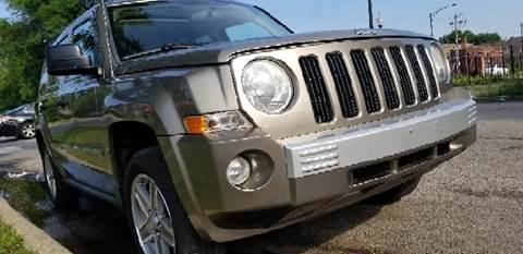 2007 Jeep Patriot for sale at WEST END AUTO INC in Chicago IL