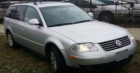 2004 Volkswagen Passat for sale at WEST END AUTO INC in Chicago IL