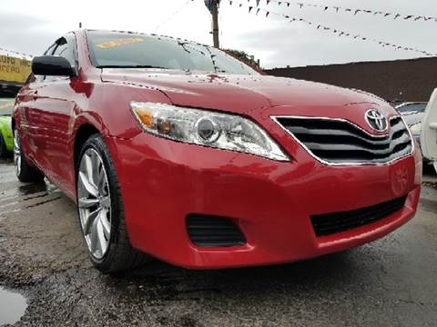 2011 Toyota Camry for sale at WEST END AUTO INC in Chicago IL