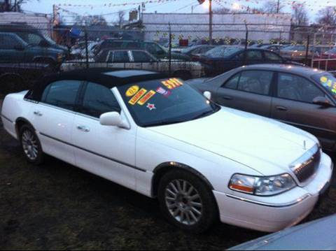 2003 Lincoln Town Car for sale at WEST END AUTO INC in Chicago IL