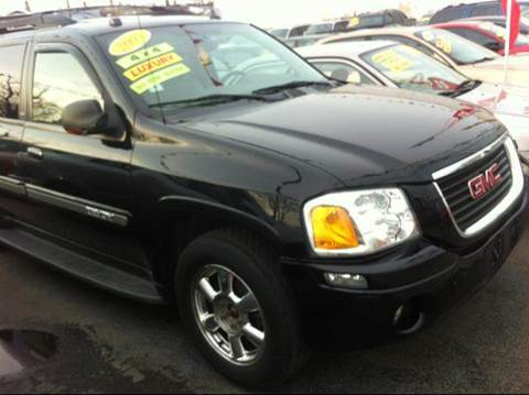 2005 GMC Envoy XL for sale at WEST END AUTO INC in Chicago IL