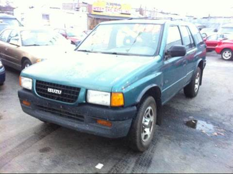 1996 Isuzu Rodeo for sale at WEST END AUTO INC in Chicago IL