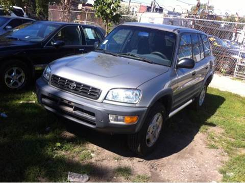1999 Toyota RAV4 for sale at WEST END AUTO INC in Chicago IL