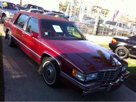 1993 Cadillac DeVille for sale at WEST END AUTO INC in Chicago IL
