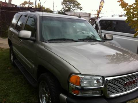 2003 GMC Yukon for sale at WEST END AUTO INC in Chicago IL