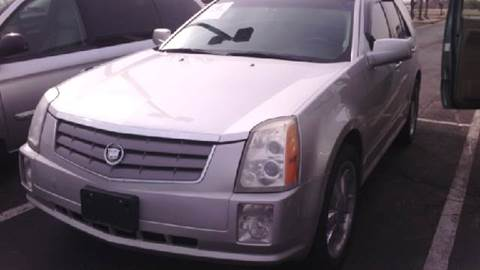 2004 Cadillac SRX for sale at WEST END AUTO INC in Chicago IL