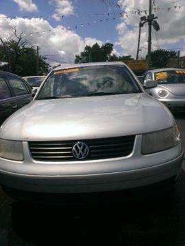 2002 Volkswagen Passat for sale at WEST END AUTO INC in Chicago IL