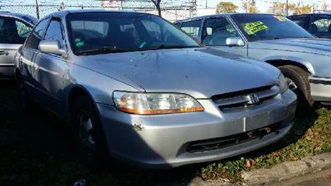 1998 Honda Accord for sale at WEST END AUTO INC in Chicago IL