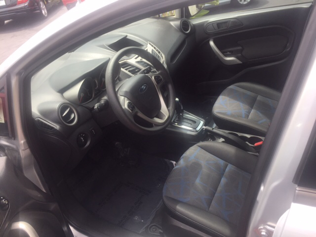 2013 Ford Fiesta SE 4dr Hatchback - Hialeah FL