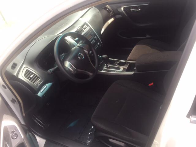 2013 Nissan Altima 2.5 S 4dr Sedan - Hialeah FL