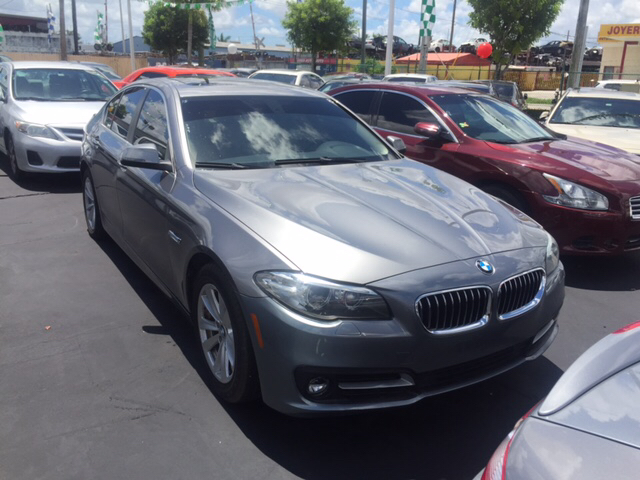 2015 BMW 5 Series 528i 4dr Sedan - Hialeah FL