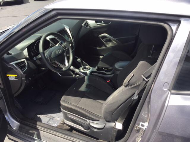 2015 Hyundai Veloster Base 3dr Coupe - Hialeah FL
