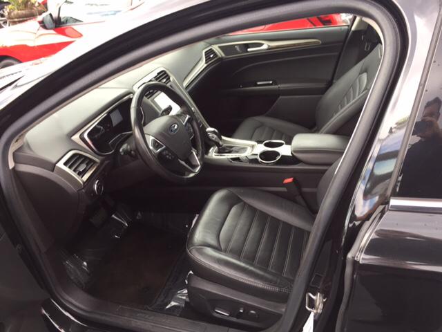 2013 Ford Fusion SE 4dr Sedan - Hialeah FL