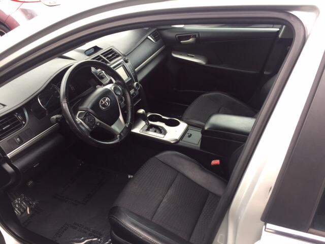 2013 Toyota Camry SE 4dr Sedan - Hialeah FL
