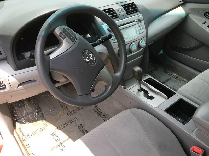 2009 Toyota Camry LE 4dr Sedan 5A - Townshend VT