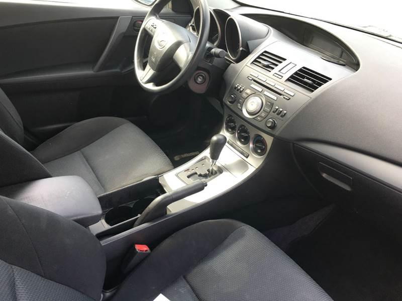 2010 Mazda MAZDA3 i Sport 4dr Sedan 5A - Townshend VT