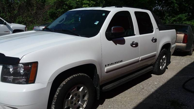 2008 Chevrolet Avalanche for sale at Mayfield Motors in Boonville MO