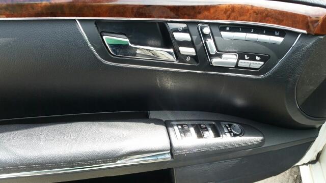 2011 Mercedes-Benz S-Class S550 4MATIC AWD 4dr Sedan - Warren MI