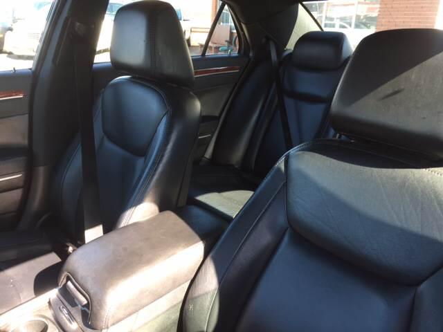 2013 Chrysler 300 4dr Sedan - Warren MI