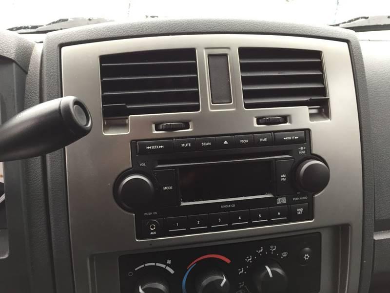 2007 Dodge Dakota SLT 4dr Quad Cab 4x4 SB - Central Square NY
