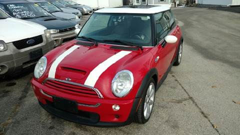 2004 MINI Cooper for sale at JR's Auto Connection in Hudson NH