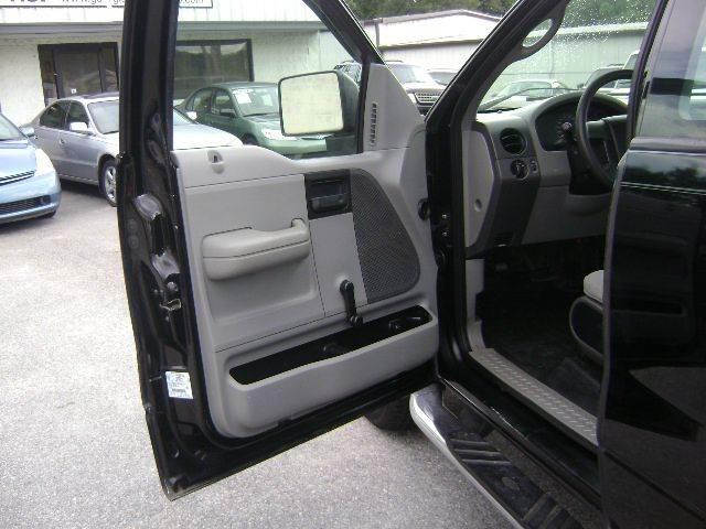 2005 Ford F-150 2dr Regular Cab STX 4WD Flareside 6.5 ft. SB - Macon GA