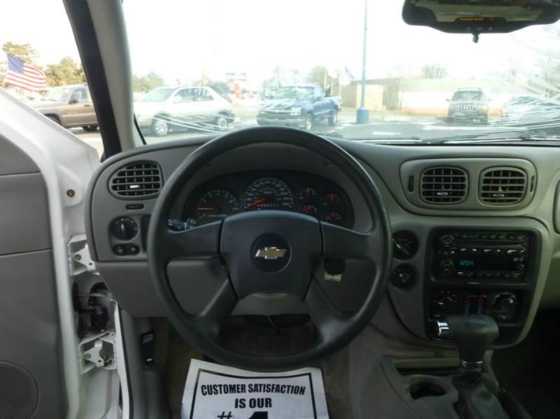 2007 Chevrolet TrailBlazer LS 4dr SUV 4WD - Clinton Township MI