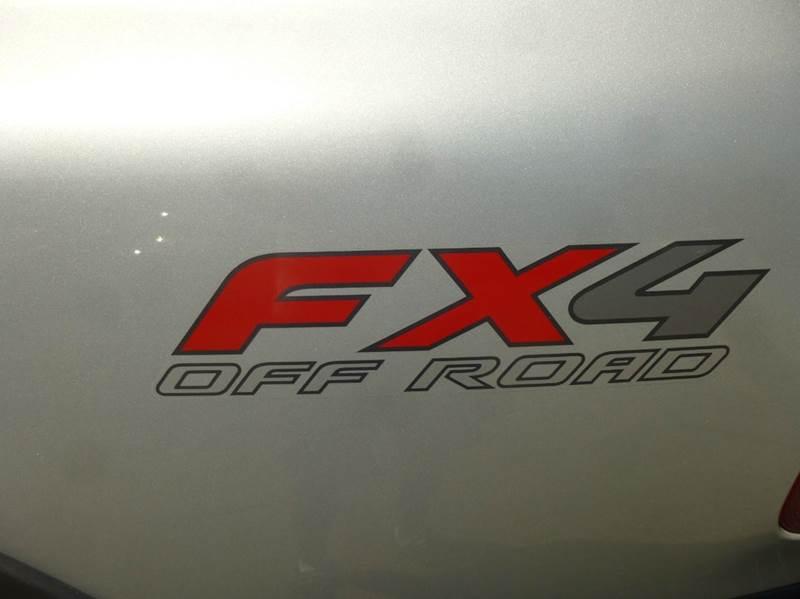 2003 Ford F-150 4dr SuperCab XLT 4WD Flareside SB - Clinton Township MI