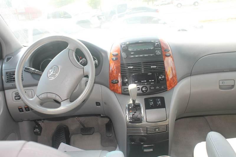 2009 Toyota Sienna XLE 7-Passenger 4dr Mini-Van - Terre Haute IN
