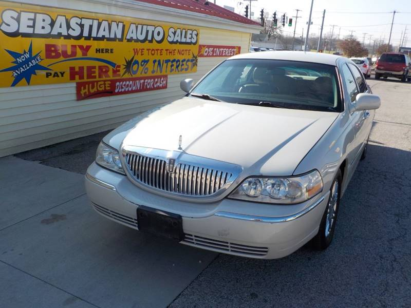 2006 Lincoln Town Car Signature Limited 4dr Sedan In Terre Haute In