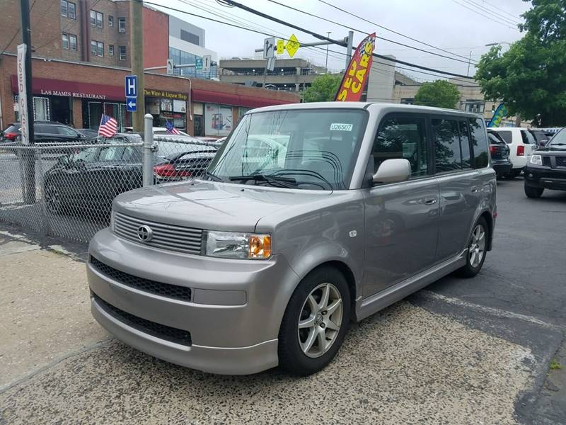 2006 Scion Xb 4dr Wagon W Automatic In White Plains NY