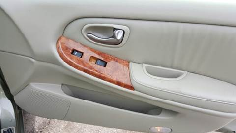 2002 Infiniti I35 for sale at Premier Auto Sales Inc. in Newport News VA