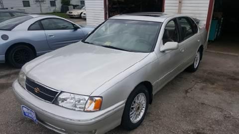 1999 Toyota Avalon for sale at Premier Auto Sales Inc. in Newport News VA