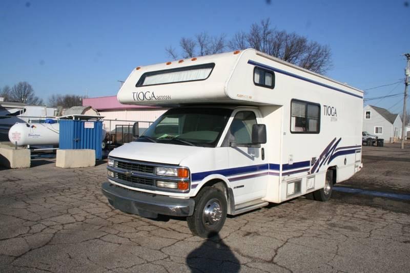 2000 Fleetwood Mallard - Westland, MI DETROIT MICHIGAN RVs Campers