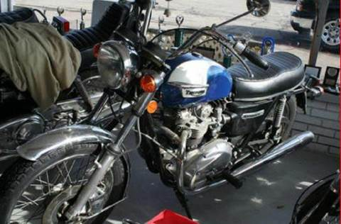 1977 Triumph Motorcycle for sale at Modern Classics Car Lot in Westland MI