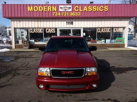 2001 GMC Sonoma for sale at Modern Classics Car Lot in Westland MI