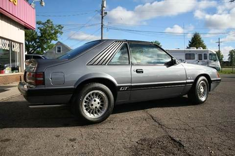 1986 Ford Mustang for sale at Modern Classics Car Lot in Westland MI