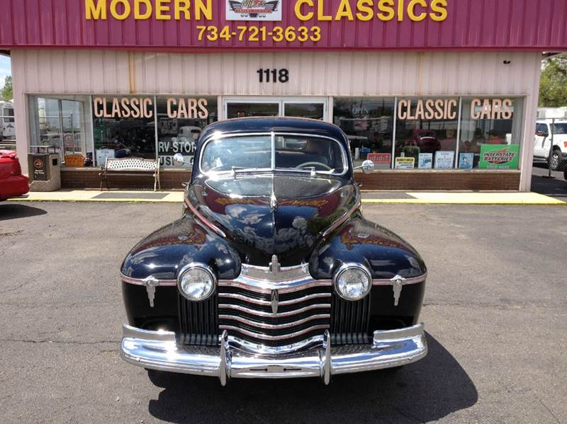 1941 Oldsmobile Custom Cruiser for sale at Modern Classics Car Lot in Westland MI