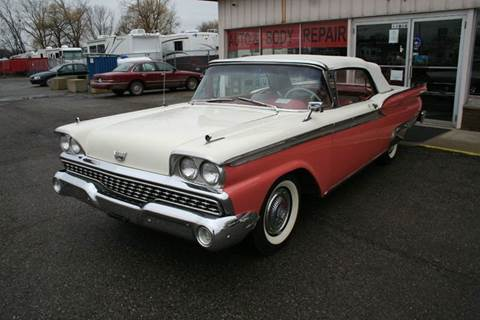1959 Ford Fairlane 500 for sale at Modern Classics Car Lot in Westland MI