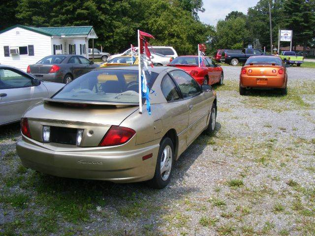 2005 Pontiac Sunfire 2dr Coupe - Nicktown PA