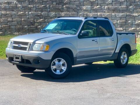 2001 Ford Explorer Sport Trac for sale at Car Hunters LLC in Mount Juliet TN