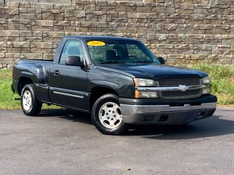 2003 Chevrolet Silverado 1500 for sale at Car Hunters LLC in Mount Juliet TN